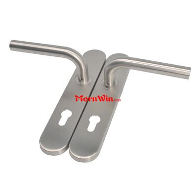 Double curved type stainless steel door lever handle on plate